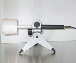 EMC-Test-Design-Probe-PI-01LF-on-tripod